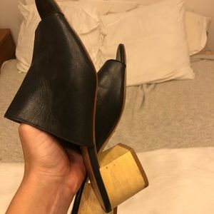 Black leather and wood Madewell mules